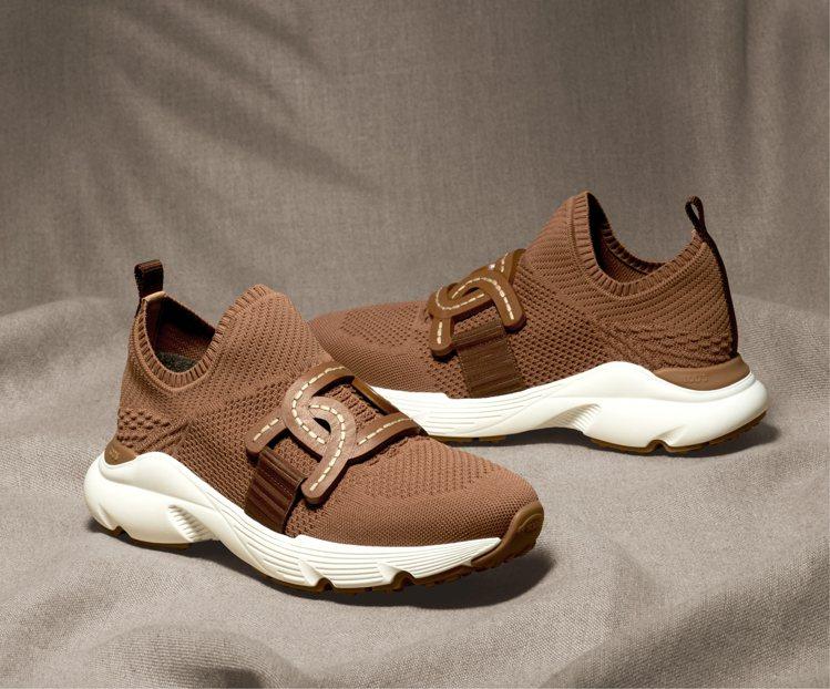 TOD'S Kate淺棕色老爹鞋,25,900元。圖/迪生提供