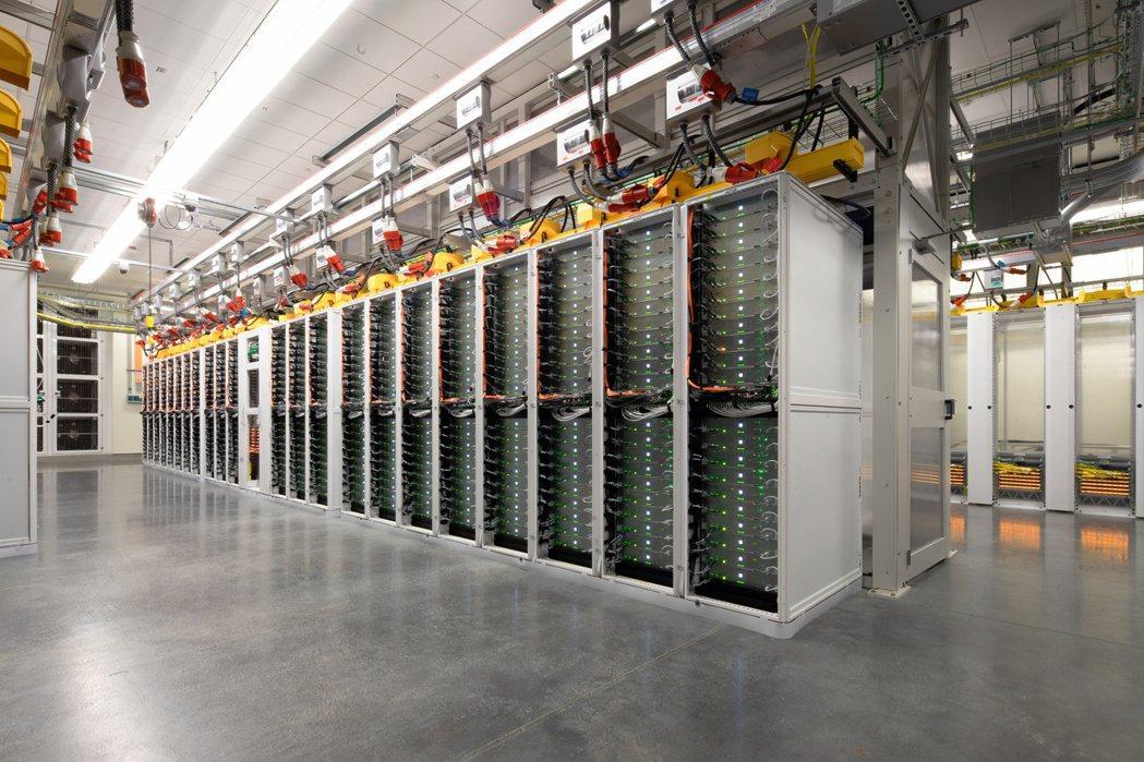 微軟宣布於全球正式推出虛擬資料中心體驗網站,對外公開微軟資料中心基礎設施,推動雲...