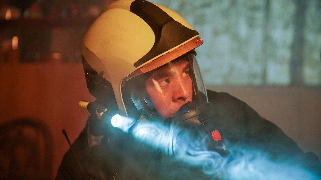 林柏宏飾演消防員,帥勁十足。圖/公視、myVideo提供