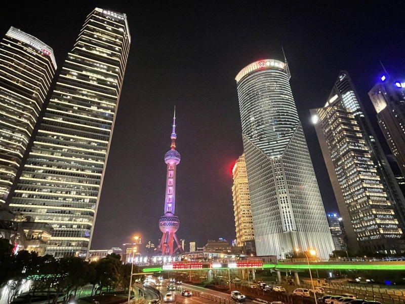 上海市浦東新區提出,2025年人均GDP要達到4萬美元以上。記者林則宏/攝影