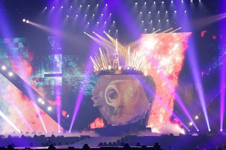 蔡依林捨棄「惡之女王」風格,初登台就安排第1個亮點。記者李政龍/攝影