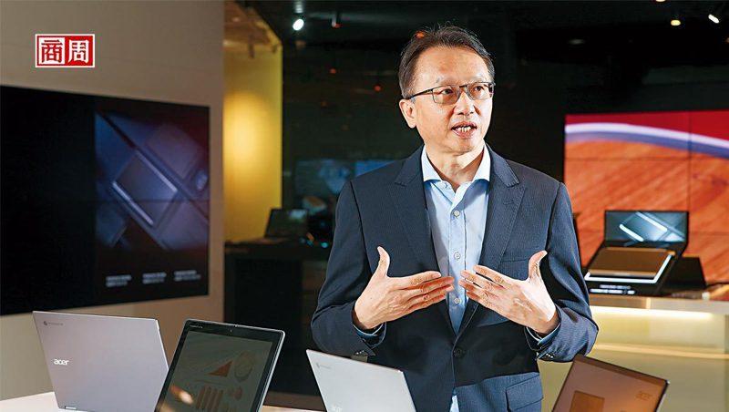 陳俊聖是科技業漲價潮中,首名剖析全局的大老。談到價格哄抬,他說:「很多中小型盤商,就是標準的蟑螂!」(攝影者.駱裕隆)
