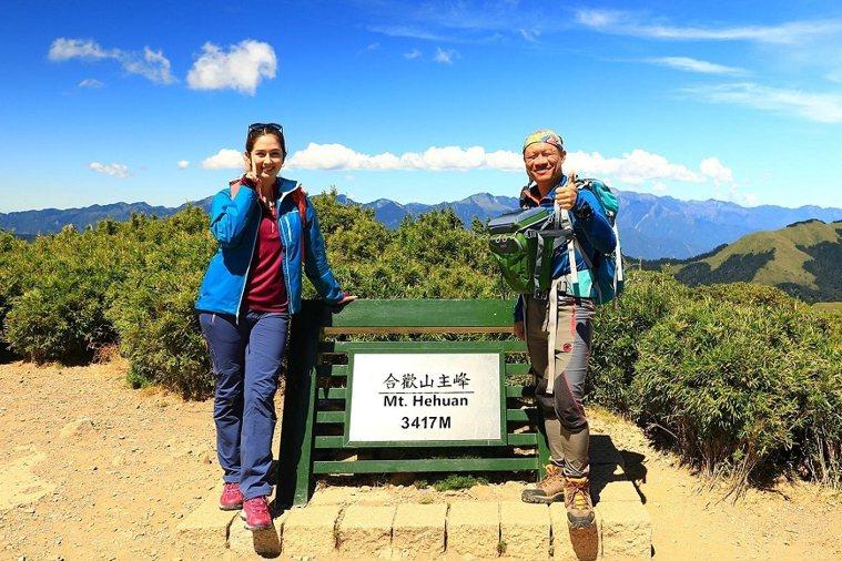 黃政豪說,登山不只在於享受美景,也能磨練心性。 圖/取自50+(Fifty Pl...