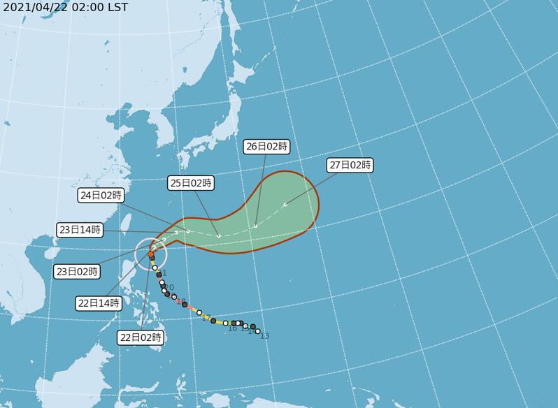 中央氣象局路徑潛勢預測圖顯示,中颱舒力基在呂宋島東北東方海面,今天距台灣最近,將轉向東北,明天受西風帶導引轉向偏東北東,逐漸加快,對台無影響。圖/取自氣象局網站