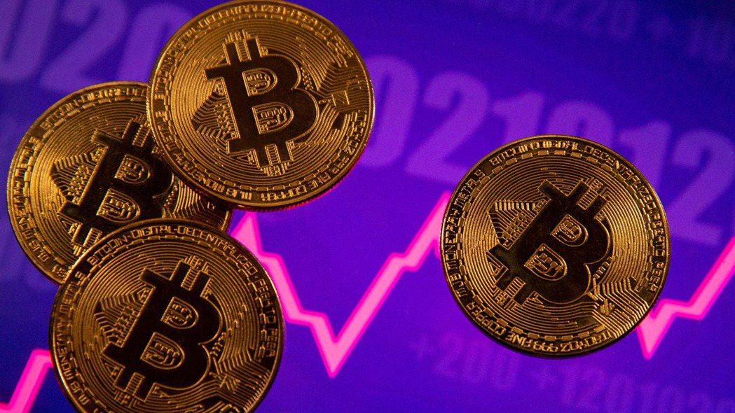 米納德(Scott Minerd)認為近期比特幣價格恐會腰斬。 路透