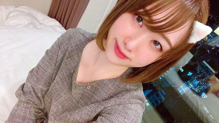 黑井愛菜是AV界新人,今年4月才加入此行業。圖/摘自黑井愛菜推特