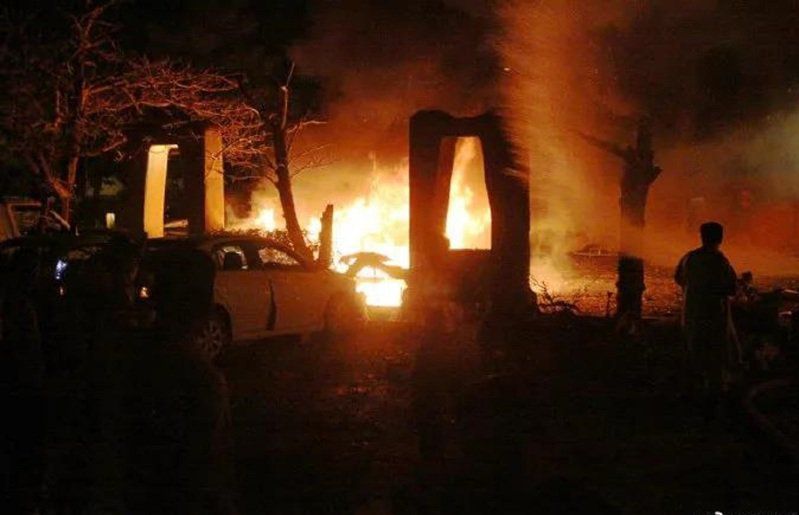 大陸駐巴基斯坦大使下榻巴國一家豪華酒店,21日晚間發生汽車炸彈爆炸。新華社