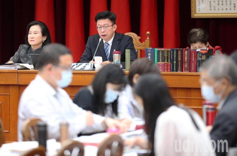 立法院財政委員會今天舉行「會計法第99條之1條文修正草案」公聽會。記者胡經周/攝影