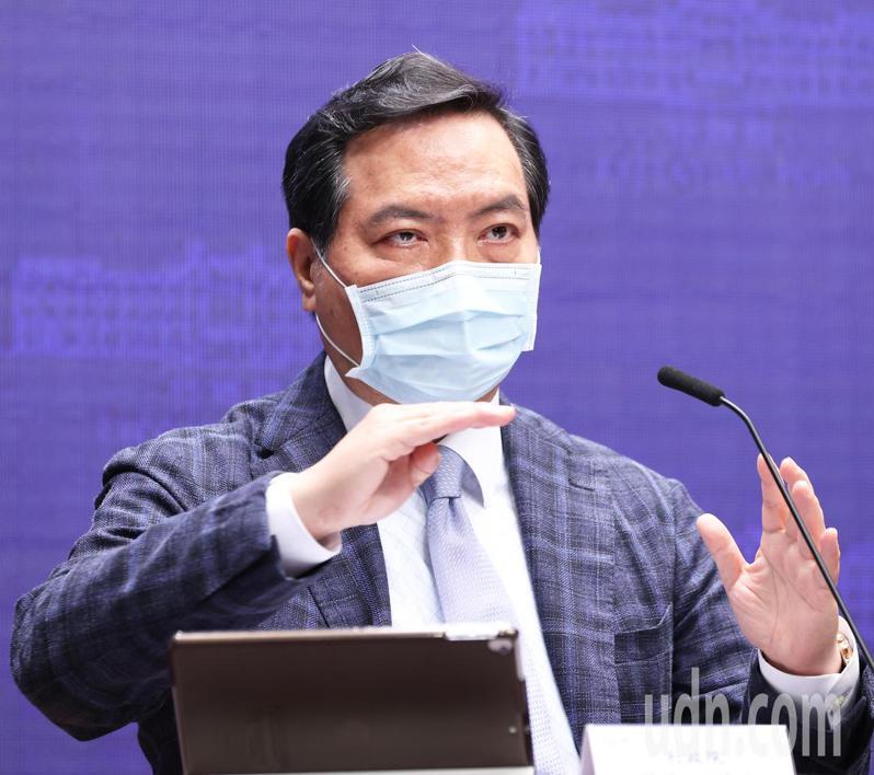 行政院今天通過跟騷法,行政院發言人羅秉成表示蘇院長希望能在半年內實施。記者潘俊宏/攝影