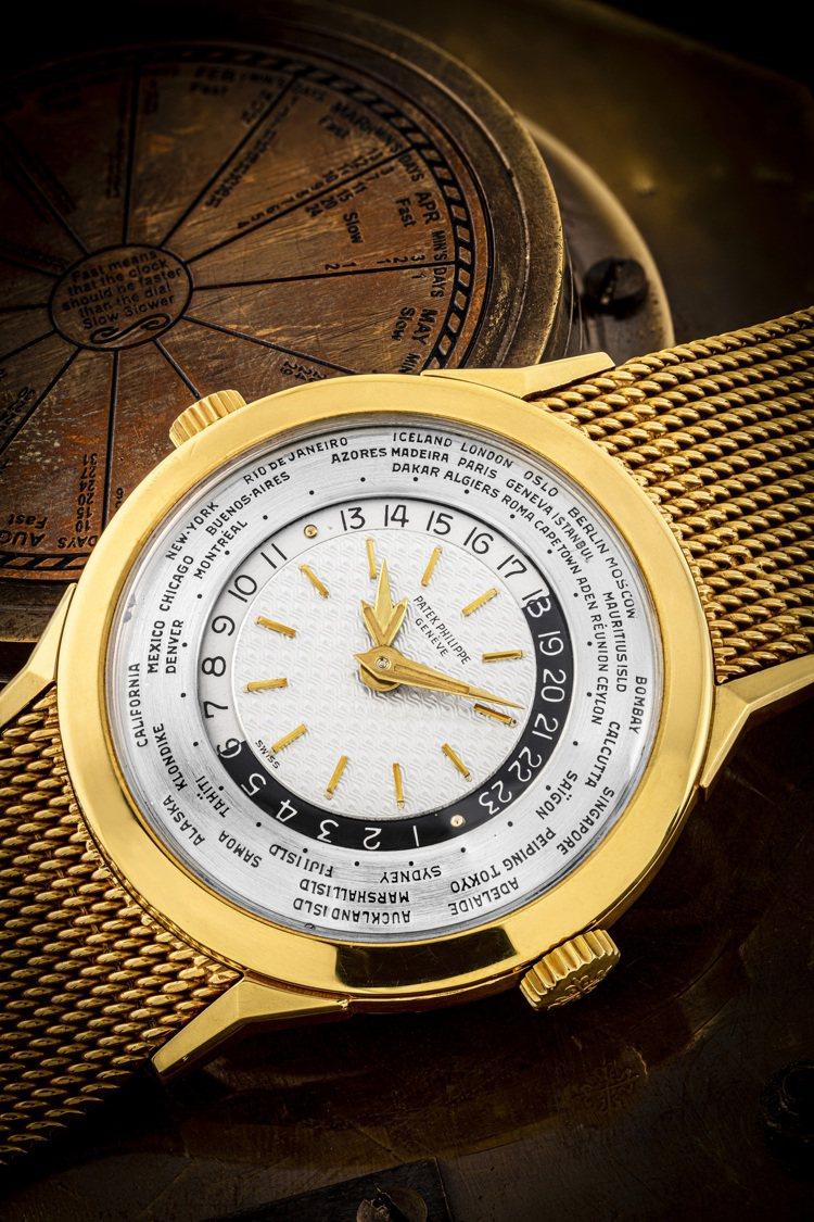 佳士得首場鐘表晚間拍賣「驚世傳奇」呈獻百達翡麗型號2523/1的18K黃金雙表冠...