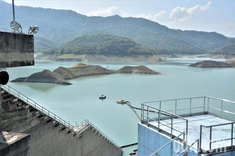 南化水庫供水吃緊。記者吳淑玲/攝影