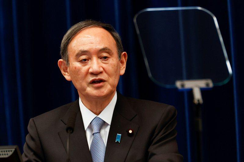 日本首相菅義偉(見圖)提議再度對東京、大阪等地區發布緊急狀態。  路透
