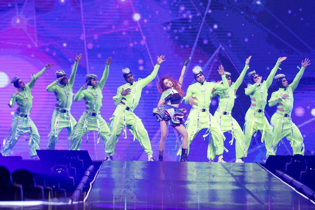 蔡依林為台北加演場加碼「Stars Align」星光聚集LIVE版勁舞秀。圖/凌...