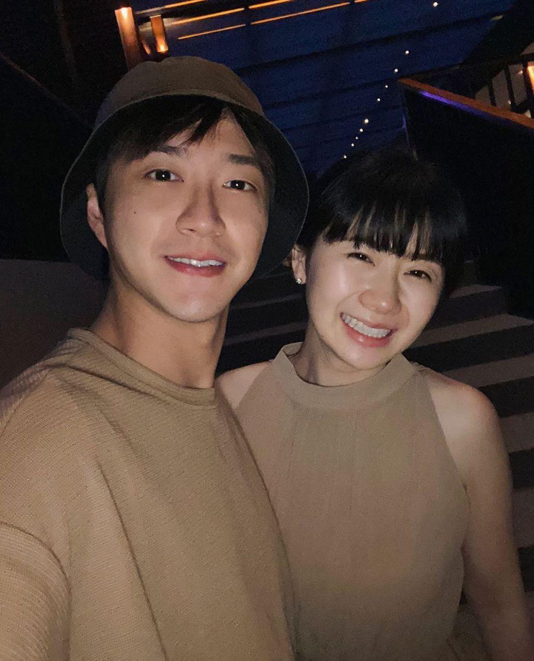 福原愛(右)爆出不倫52天後,老公江宏傑向法院訴請離婚。圖/江宏傑IG
