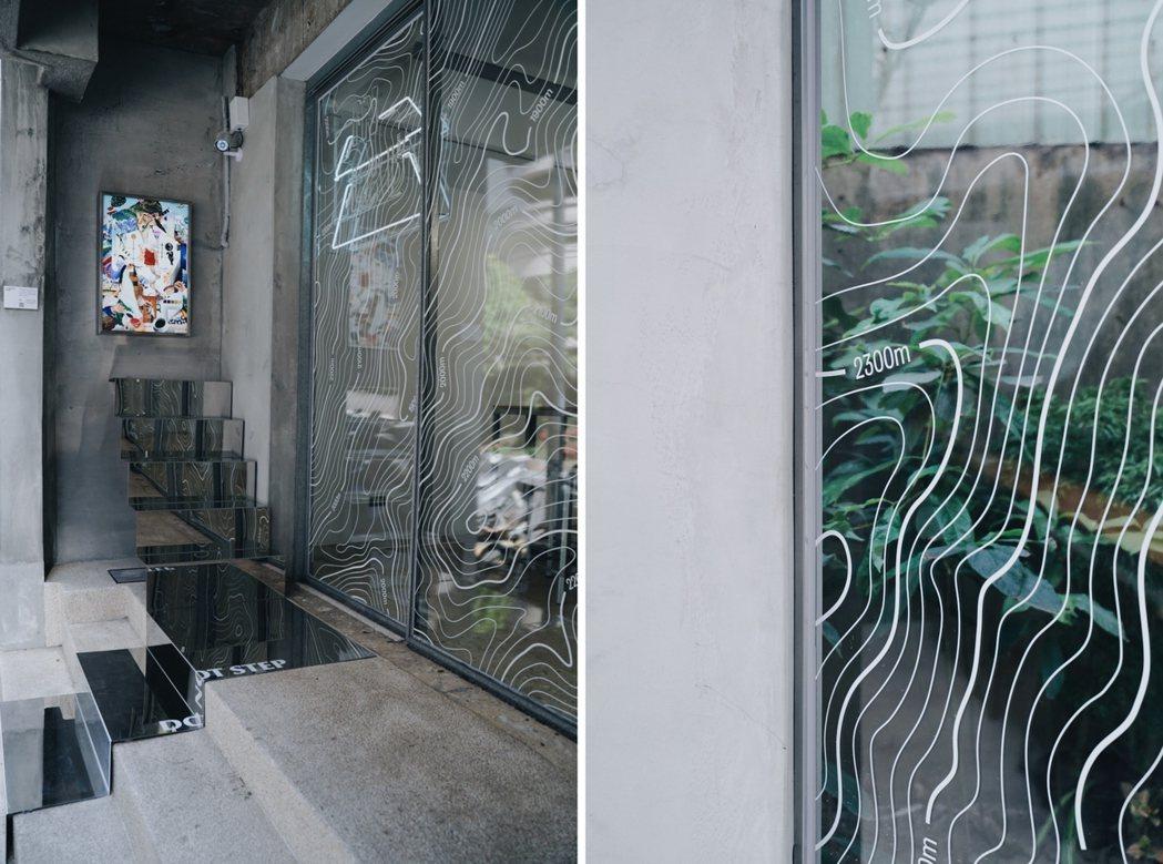 藝術家詹雨樹的作品(左)以豐富色彩與雜誌舊書元素疊合出IN LAB第二波活動議題...