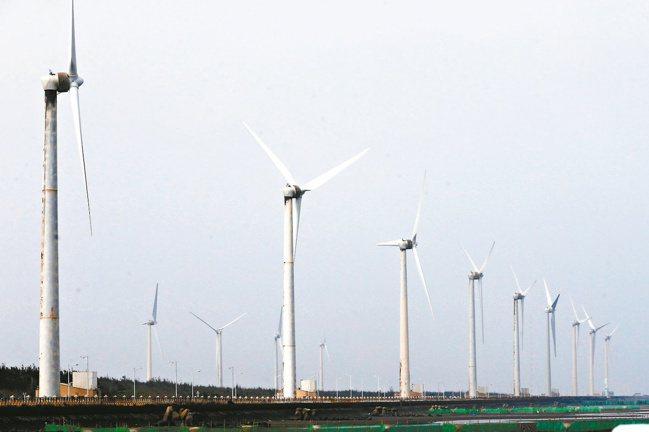 翁朝棟說,中鋼也深耕綠色產業,特別是離岸風電水下基礎。 報系資料照。