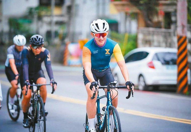 趙彥宇認為,騎自行車是一項迷人的運動。圖/趙彥宇提供