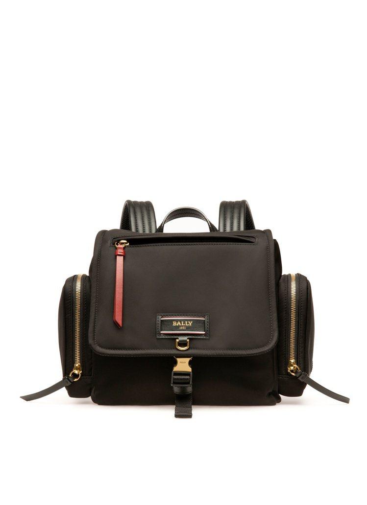 BALLY Echo黑色尼龍小型後背包,27,600元。圖/BALLY提供