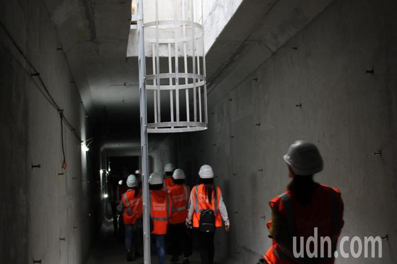 大彰化東南及西南第一階段離岸風場設置涵洞保護電纜,確保輸送電時的穩定性。記者林敬家/攝影