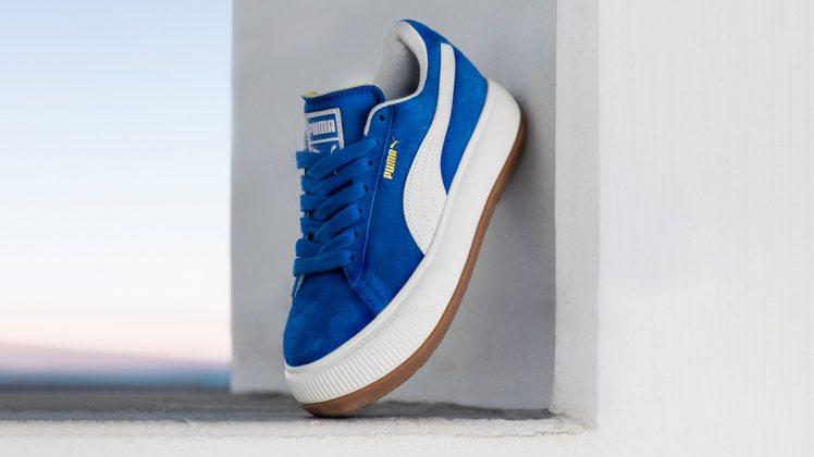 PUMA SUEDE MAYU復古龐克厚底鞋3,680元。圖/PUMA提供