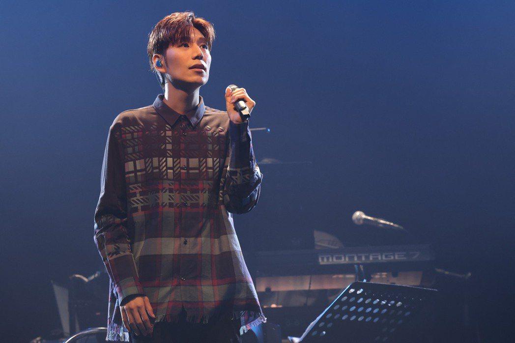 潘裕文今晚開唱,撩粉拖時就去住他家。記者李政龍/攝影