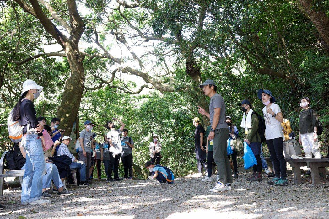 今日由王宏亨帶領讀者「遍路」的天母水管古道,是當地頗富盛名的山間小徑,全長約2,...