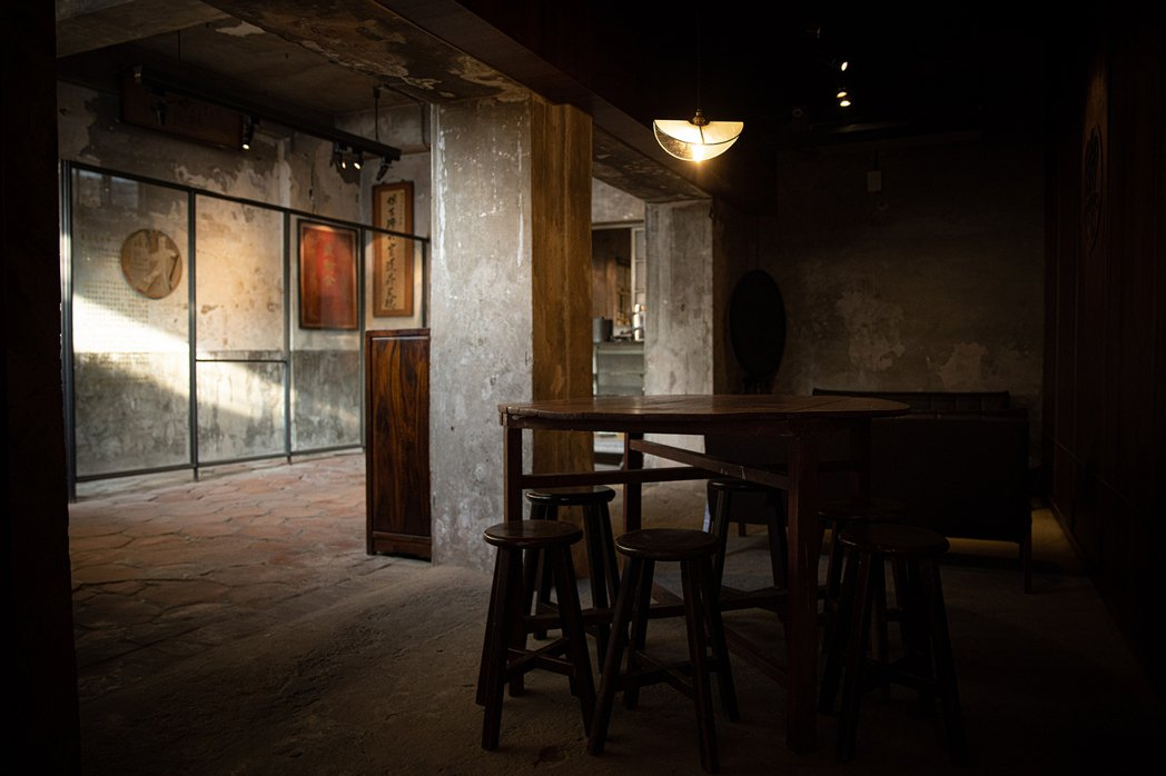 北港武德宮信仰發源地的文物和故事,保留在角落一隅。 圖/北港保生堂-漢方咖啡館提...