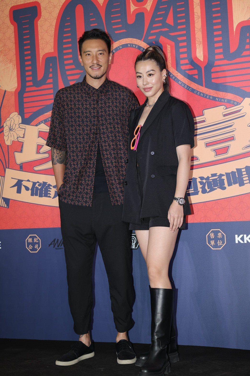 王陽明(左)、蔡詩芸夫婦力挺玖壹壹。記者李政龍/攝影
