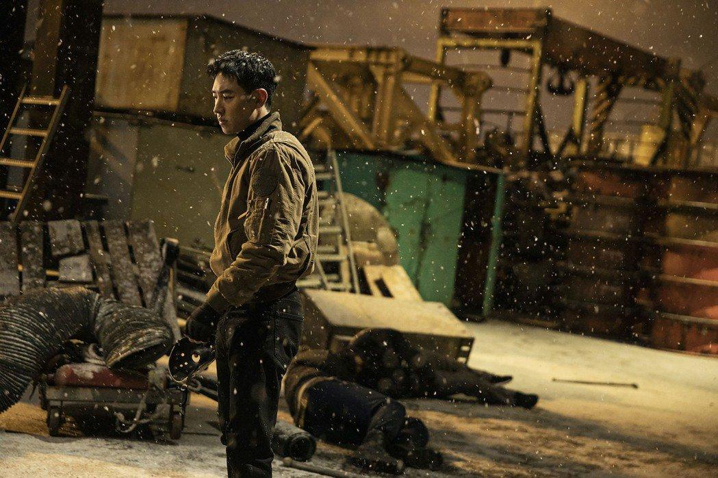 韓國男星李帝勳在新戲「模範計程車」中,飾演特種部隊出身的計程車司機,替無法透過法