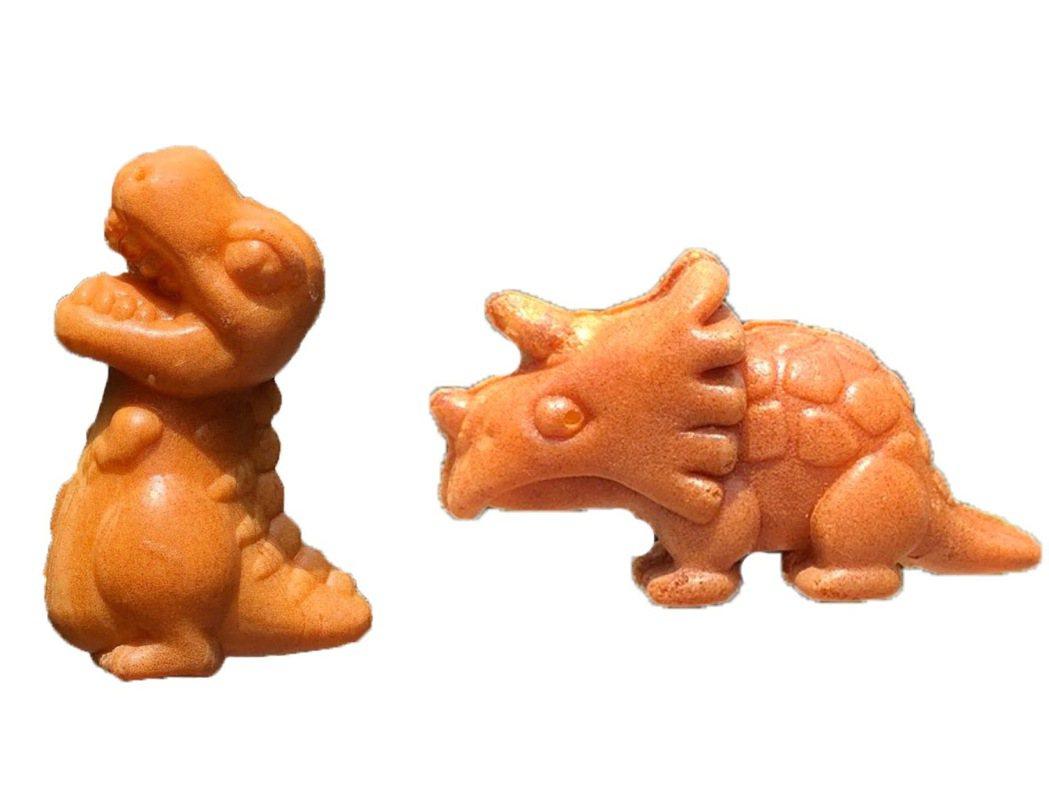 「紅玉滿赤心雞蛋糕」即日起至5月2日前快閃台北統一時代百貨。圖/統一時代提供