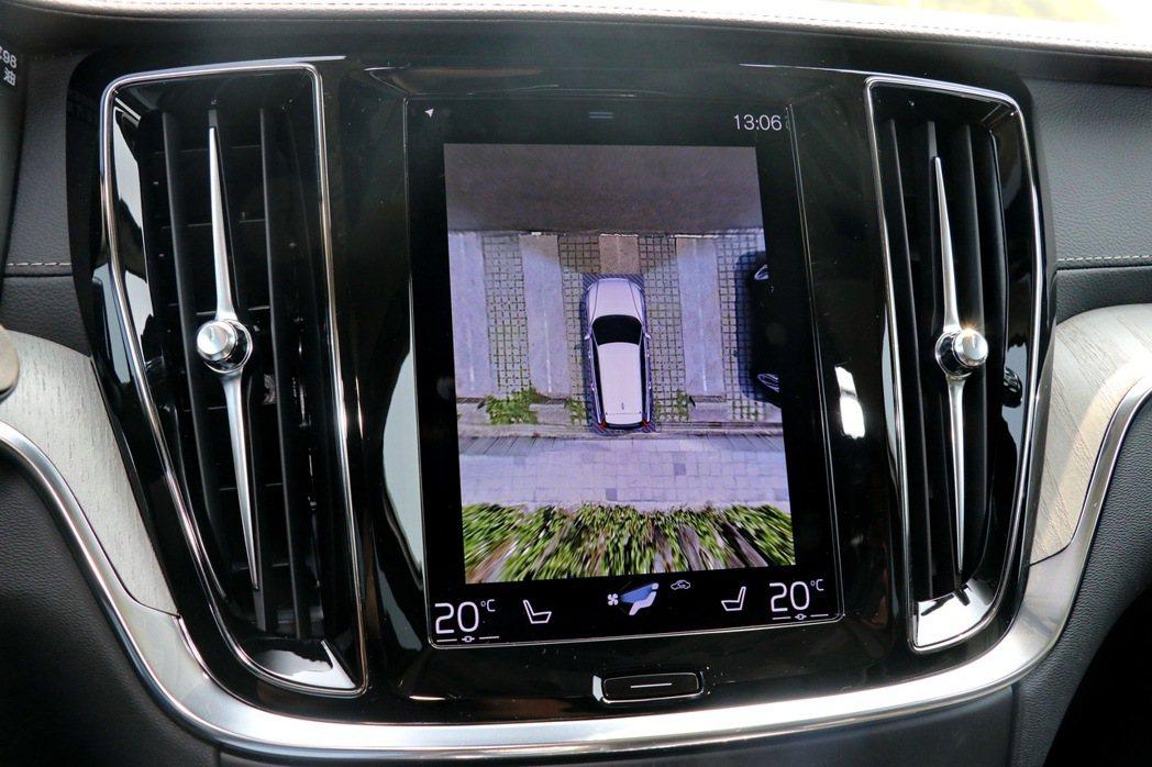 360度環景影像系統。 記者陳威任/攝影