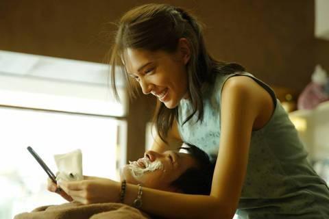 《當男人戀愛時》融合了韓式反控力道,也有了垂死堅持的愛,成為到位的商業片。 圖/...