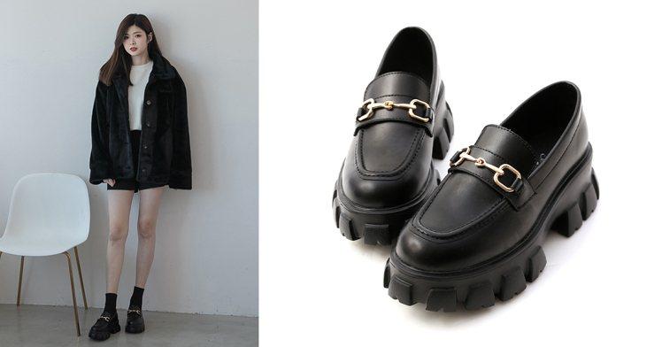 鋸齒底馬銜釦樂福鞋。 精緻馬銜釦設計、獨特的鋸齒鞋底讓整體帥氣度100%,輕量...
