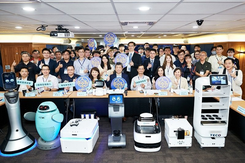 ROBO COM 服務型機器人創意實證競賽徵件說明會(北部場)。 智動協會/提供