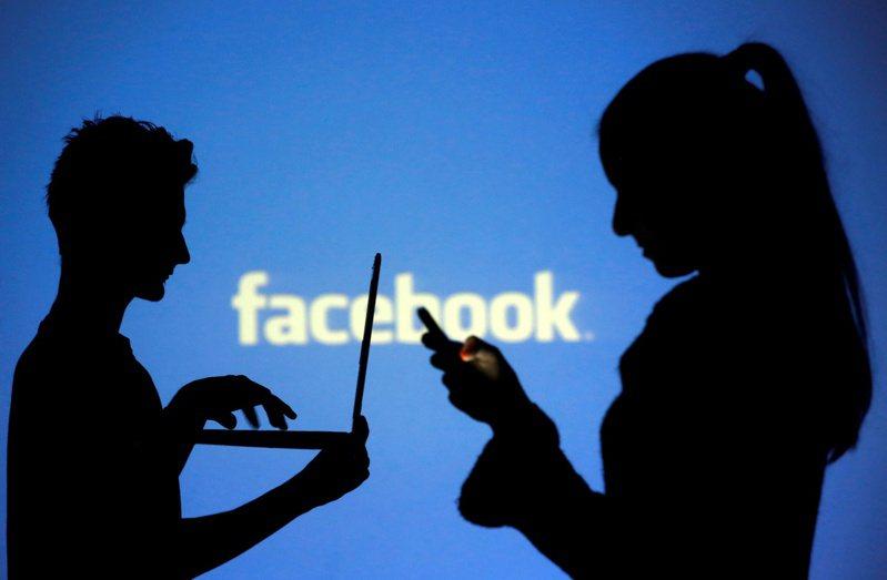 Facebook將測試新的方法,針對用戶看到的貼文取得更具體的意見回饋,利用收集到的意見打造更優質的動態消息。 路透社