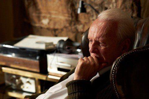 無論是「沉默的羔羊」的施虐狂還是「父親」的失智老人,安東尼霍普金斯(Anthony Hopkins)把他60年耀眼的電影、電視和舞台劇生涯,投入在探索最完整的人生體驗深度。威爾斯出生、現年83歲的他...