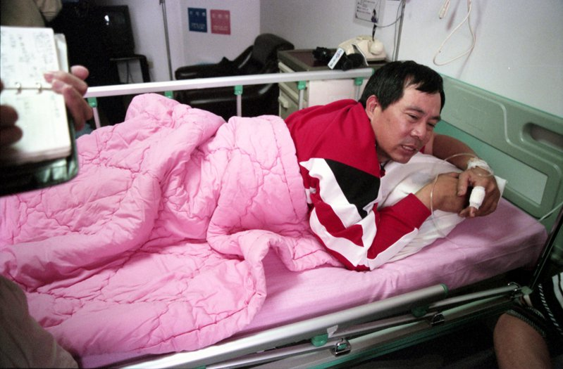 中華職棒味全龍隊總教練徐生明(圖)在台北天母遭歹徒刺傷後被送往市立陽明醫院治療。圖/聯合報系資料照片