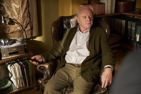 83歲安東尼霍普金斯以「父親」拿下第93屆奧斯卡獎最佳男主角,他上次獲獎是29年前的「沉默的羔羊」,歷經多年後再度獲獎,他先前摘下英國影藝學院獎最佳男主角獎,聲勢反超原本氣勢較強的「藍調天后」查德維...