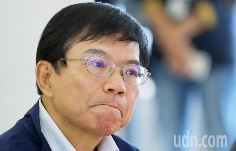交通部長王國材表示,台鐵票價問題漲價日後再談。記者陳正興/攝影