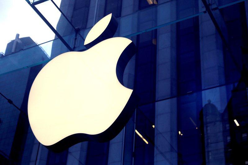 蘋果承諾未來五年在美國投資4,300億美元。圖/路透