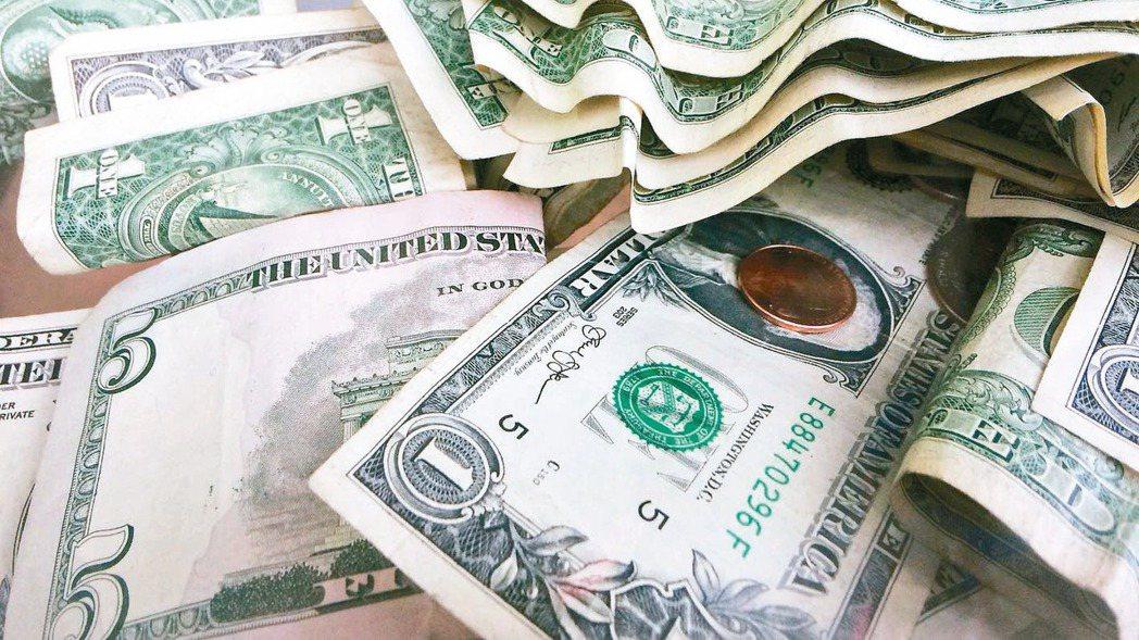 展望5月匯市,外匯投資人該如何操作?(美聯社)