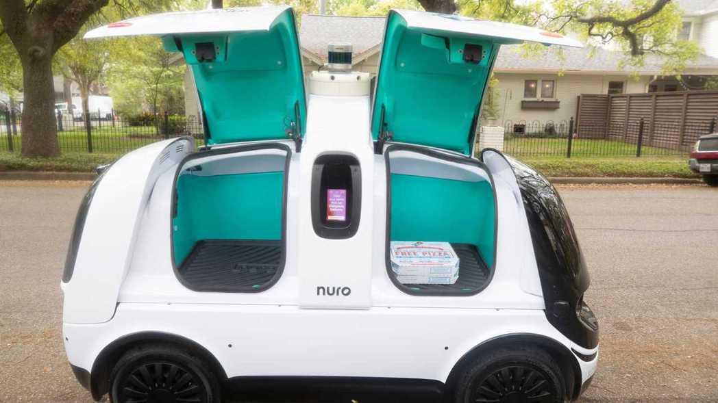 Nuro R2無人自駕車。 摘自Motor1