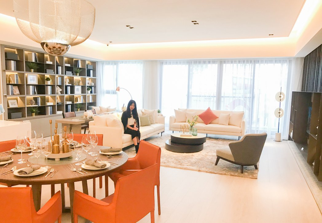 國泰的房子公設比向來合理,86坪格局相當大器。 攝影/張世雅
