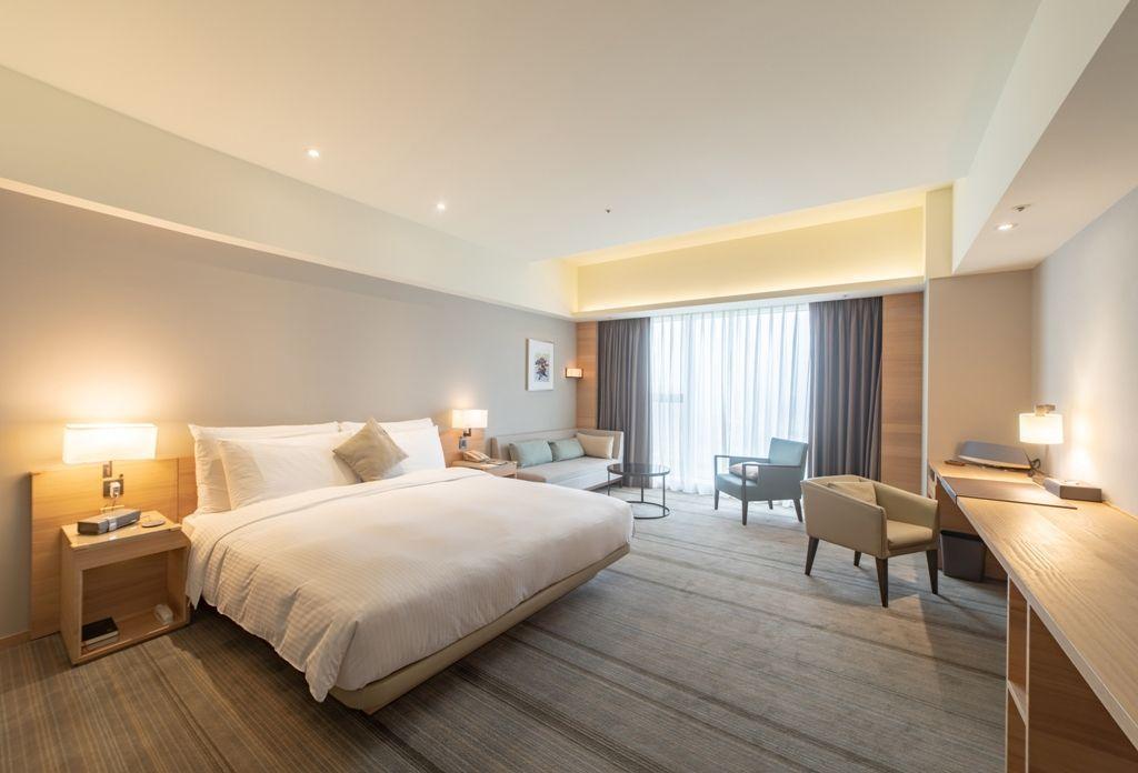 入住和逸飯店台南西門館,享受南台南舒適度假氛圍,並品嘗晨光自助式早餐。  和逸飯...