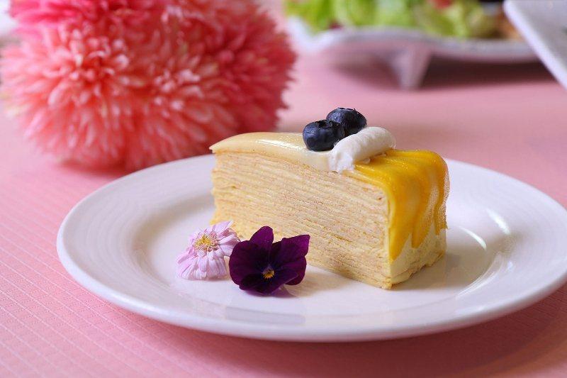 台北老爺酒店的中山廳日本料理,母親節推出精緻典雅日式套餐,餐後也附贈單片母親節蛋...