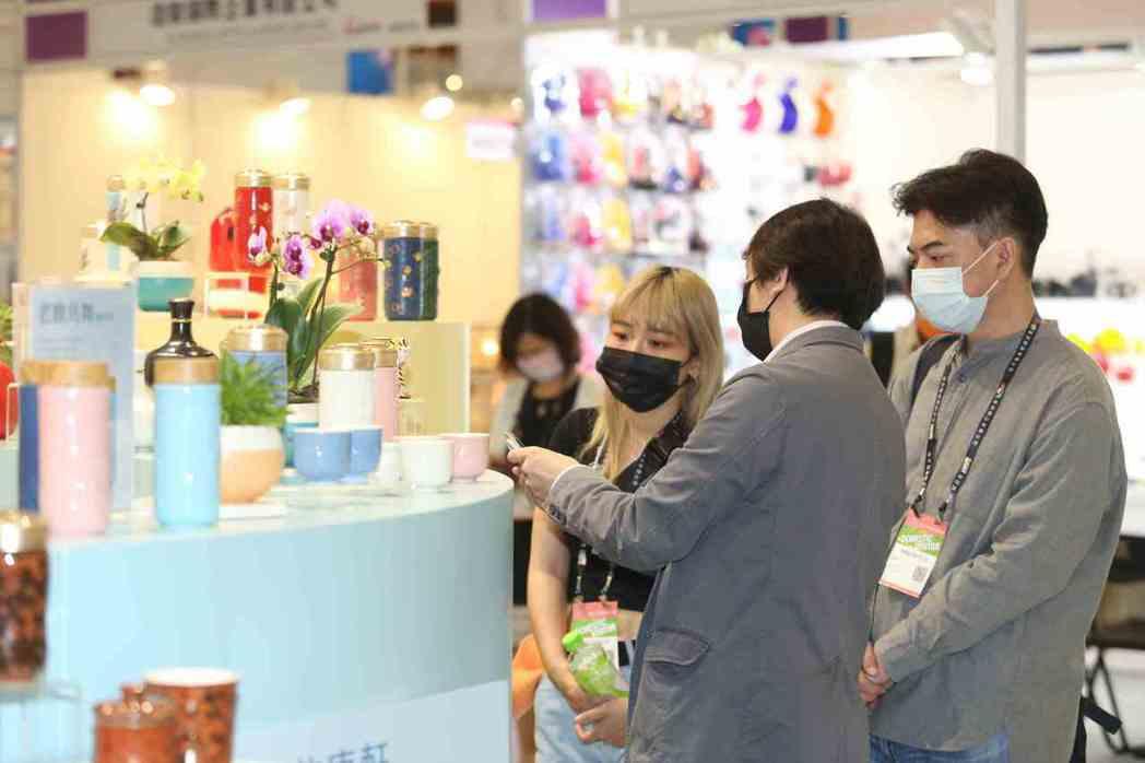 2021台北國際禮品文具暨文創展匯聚創意、設計、實用性以及永續環保展品,吸引知名...