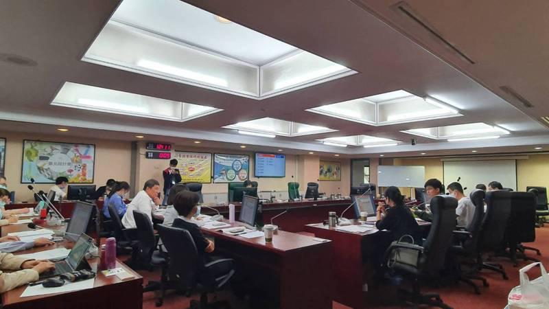 台北市主計處上午至議會進行工作報告。記者楊正海/攝影
