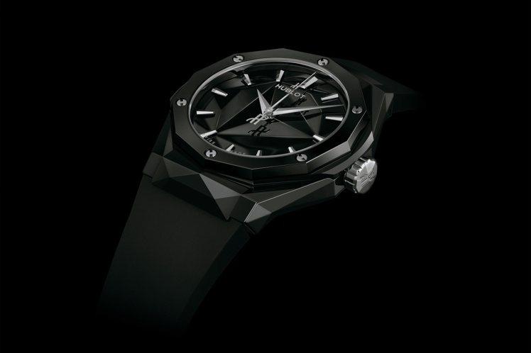 Classic Fusion Orlinski 40毫米立體亮彩陶瓷自動腕表黑色...