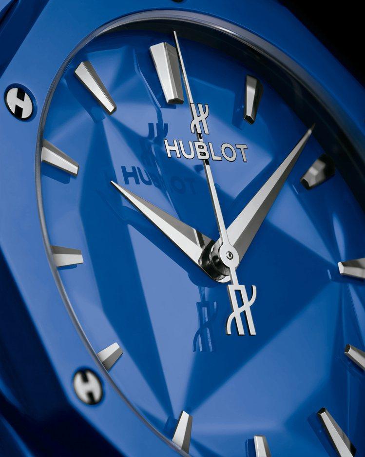 Classic Fusion Orlinski 40毫米立體亮彩陶瓷自動腕表藍色...
