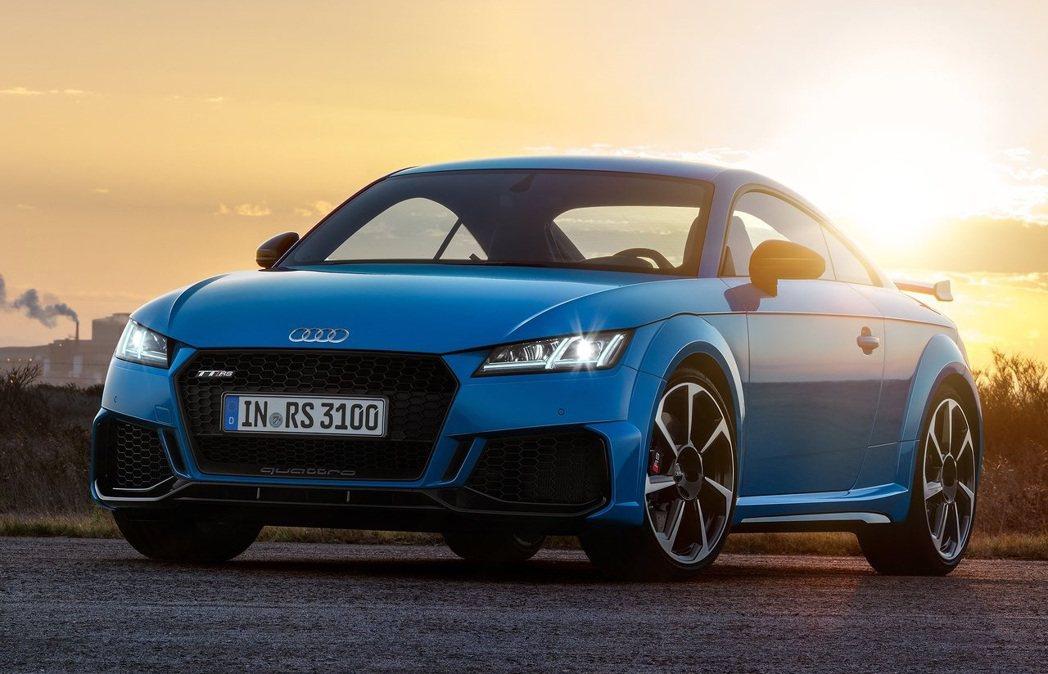 儘管TT充滿激情,但現實是跑車已經離世界愈來愈遠。 摘自Audi